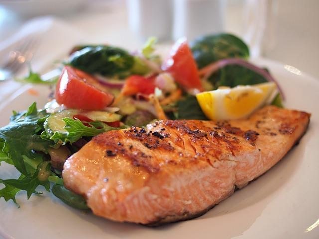 ทานอาหารเพื่อลดน้ำหนัก