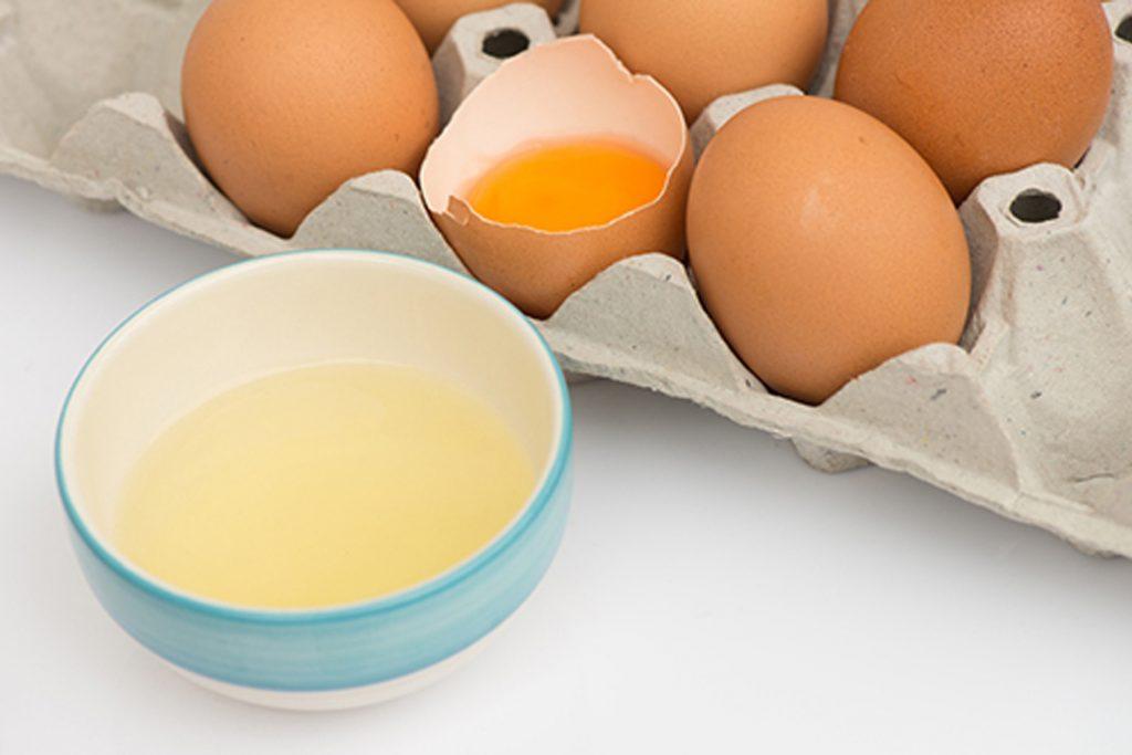 ใช้ไข่ขาวลอกสิวเสี้ยน ได้ผลจริง